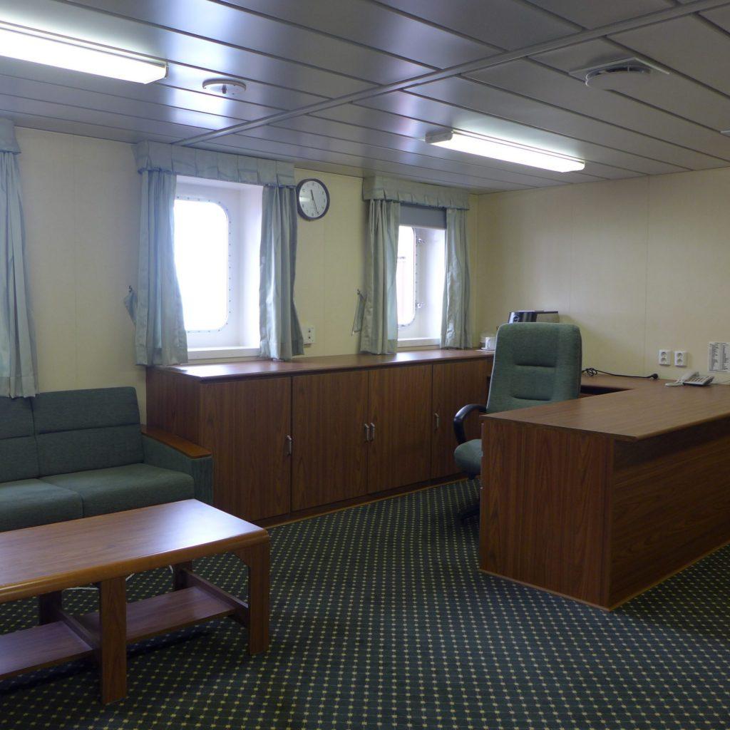 Notre Cabine - Le Bureau