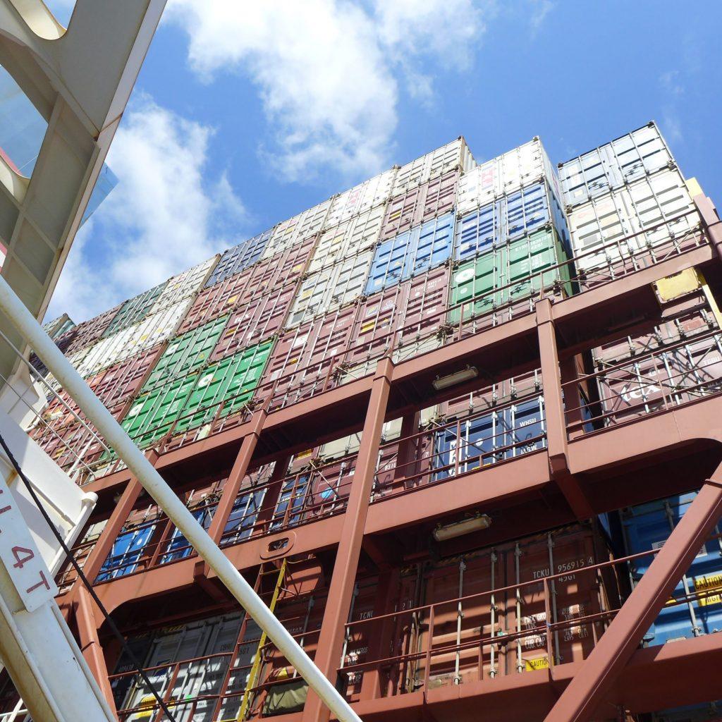 Vue Du Deck Sur Les Containers